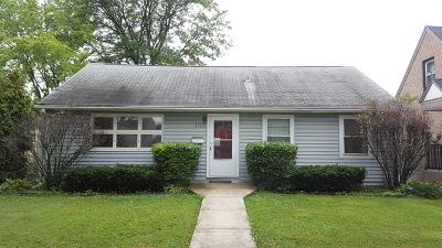 Brookfield Single Family Home For Sale: 3122 Harrison Avenue