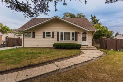 Melrose Park Single Family Home Price Change: 805 North Wolf Road