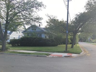 Elmhurst Single Family Home For Sale: 621 South Sunnyside Avenue