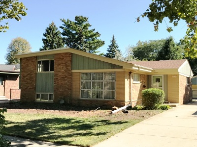 Westchester IL Single Family Home For Sale: $230,000
