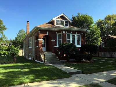Brookfield Single Family Home For Sale: 3641 Madison Avenue