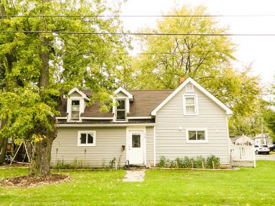 Batavia Single Family Home New: 330 South Van Buren Street