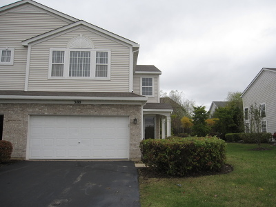 Lake In The Hills IL Condo/Townhouse For Sale: $199,000