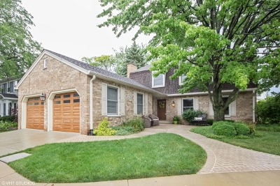 Downers Grove IL Single Family Home New: $574,900