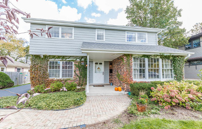 Western Springs Single Family Home Contingent: 5405 Lawn Avenue