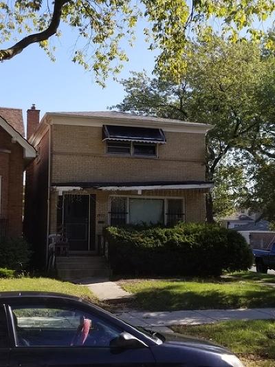 Single Family Home Contingent: 7957 South Blackstone Avenue