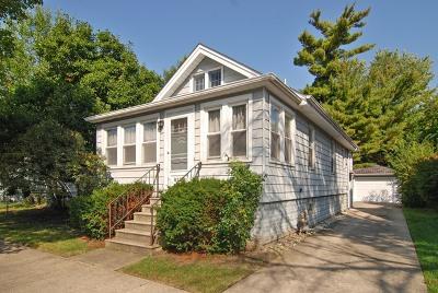Brookfield Single Family Home For Sale: 9330 Monroe Avenue