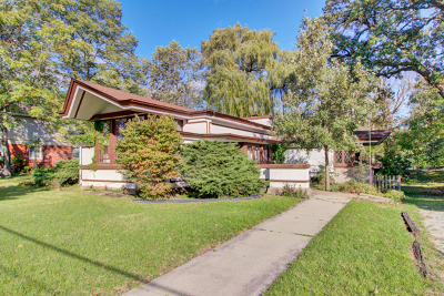 Brookfield Single Family Home For Sale: 3601 Forest Avenue