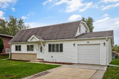 Richton Park Single Family Home Contingent: 22810 Redwood Drive