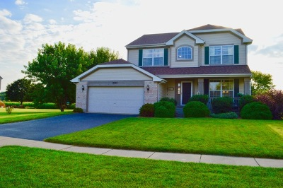 McHenry Single Family Home Contingent: 2103 Olde Mill Lane