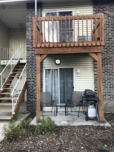 Oswego Condo/Townhouse For Sale: 2300 Light Road #104