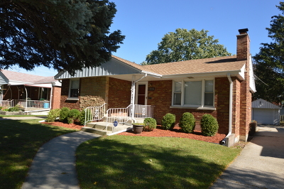 Westchester IL Single Family Home New: $224,900