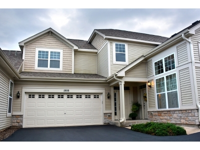 Condo/Townhouse New: 1808 Chase Lane