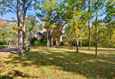 McHenry Single Family Home For Sale: 7508 Forest Oak Drive