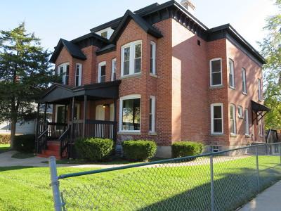 Aurora Multi Family Home New: 336-338 South Lasalle Street