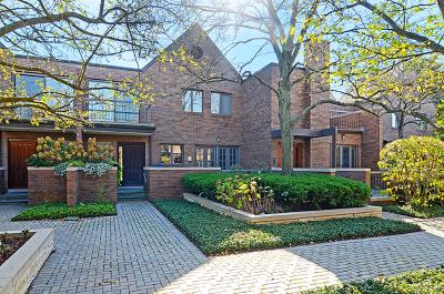 Hinsdale Condo/Townhouse For Sale: 507 Burr Oak Place