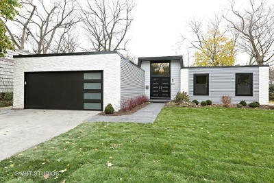Glen Ellyn Single Family Home For Sale: 820 Lenox Road