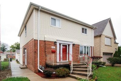 Brookfield Single Family Home For Sale: 3104 Harrison Avenue