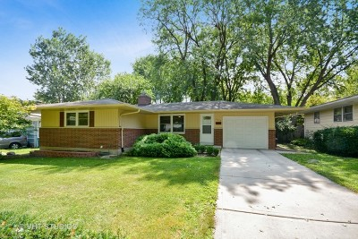 St. Charles Single Family Home Contingent: 1613 Evergreen Street