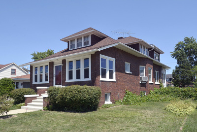 Mount Prospect Single Family Home Contingent: 215 South Main Street
