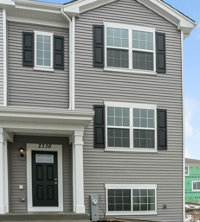 Pingree Grove Condo/Townhouse For Sale: 2336 Aurora Drive