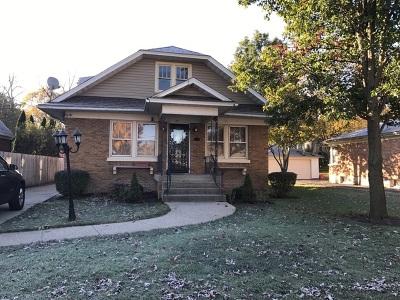 Elgin Single Family Home Contingent: 661 Addison Street