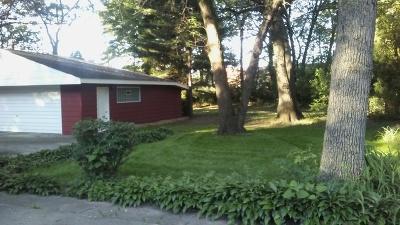 Dolton  Single Family Home For Sale: 14620 Empire Avenue