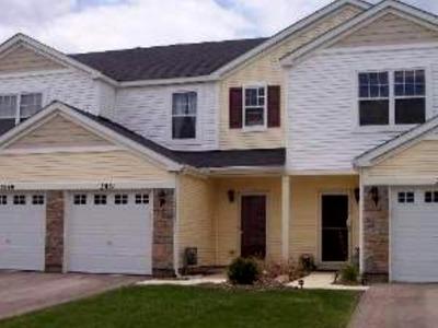 Carpentersville Condo/Townhouse Contingent: 2051 Limestone Lane