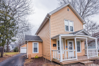 Batavia Single Family Home For Sale: 112 North College Street