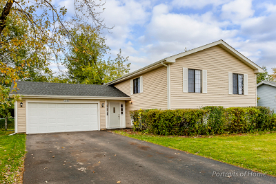 Hanover Park Single Family Home Price Change: 2283 Leeward Lane