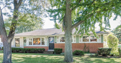 Clarendon Hills Single Family Home For Sale: 5823 Clarendon Hills Road