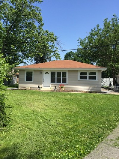 Elmhurst Single Family Home For Sale: 443 North Emroy Avenue