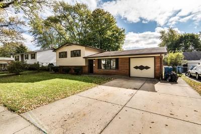 Hanover Park Single Family Home Contingent: 1430 Oakwood Avenue