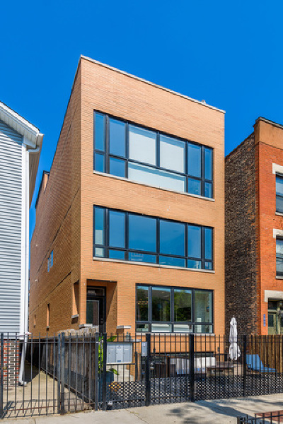 Chicago Condo/Townhouse For Sale: 1324 West Ohio Street #1