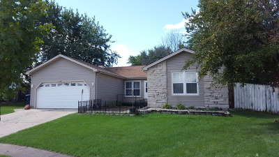 Glendale Heights Single Family Home For Sale: 1740 North Devon Avenue