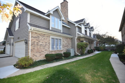 Winfield Condo/Townhouse For Sale