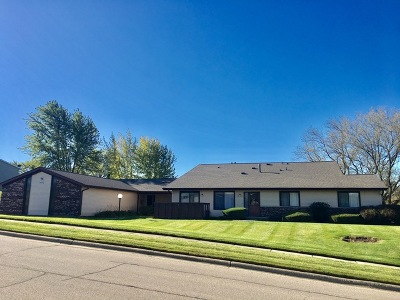 McHenry Condo/Townhouse Contingent: 5117 West Thornwood Drive #A