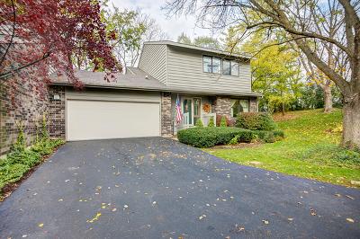 Palos Park Single Family Home For Sale: 16 Brook Lane