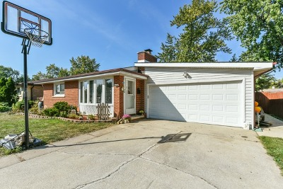 Worth Single Family Home Contingent: 10920 South Rutherford Avenue