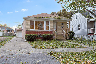 Evergreen Park Single Family Home Contingent: 2929 West 101st Place