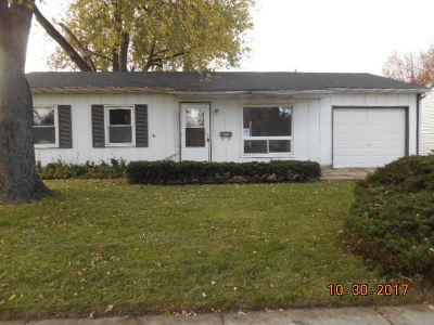Romeoville Single Family Home For Sale: 330 Macon Avenue