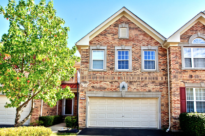 Vernon Hills Condo/Townhouse For Sale: 1271 Christine Court
