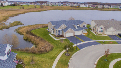 Pingree Grove Condo/Townhouse For Sale: 2 Boathouse Road