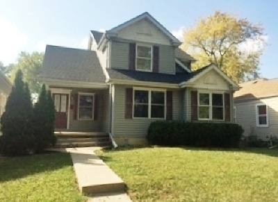 Lansing IL Single Family Home Contingent: $169,900