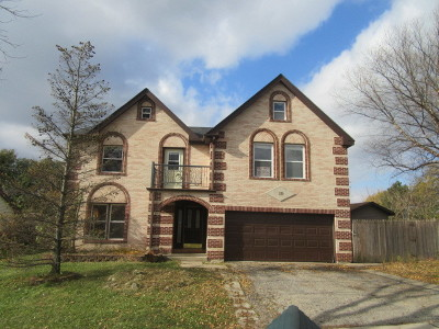 Roselle Single Family Home For Sale: 10 Rosewood Drive