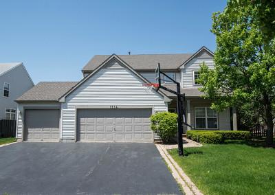 Crystal Lake Single Family Home For Sale: 1514 Tanglewood Drive