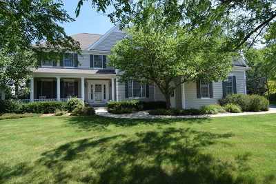 Lakewood Single Family Home For Sale: 8960 Berwick Court