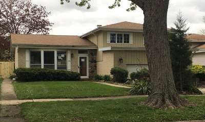 Mount Prospect IL Single Family Home For Sale: $282,500