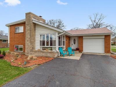 Elmhurst Single Family Home New: 340 East Huntington Lane