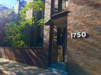 Condo/Townhouse Contingent: 1750 North Wells Street #105